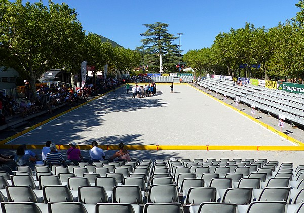 Re: Festival International de Pétanque à Millau - Du 10 au 15 Août 2016