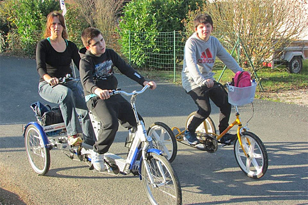 Association Ilona, un tricycle pour Ethan