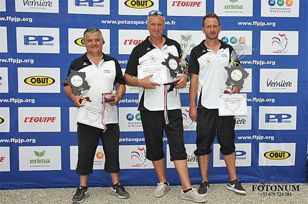 Les vice-champions de France Promotions 2017 à Ax-les-Therm...