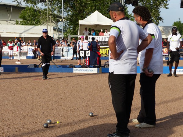 International à pétanque d'Andrézieux-Bouthéon : Vive la France ! 38