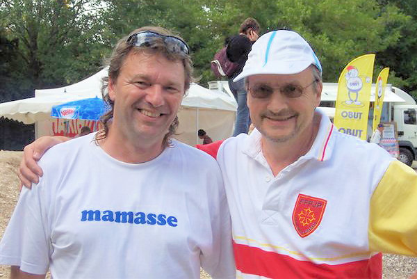 """mamasse"" et le champion ""trouspleinfer"""